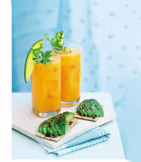 Smoothie cu mango si morcov